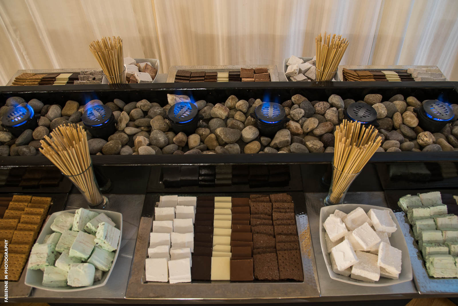 Wedding Reception Dessert Ideas For Couples With A Sweet Tooth