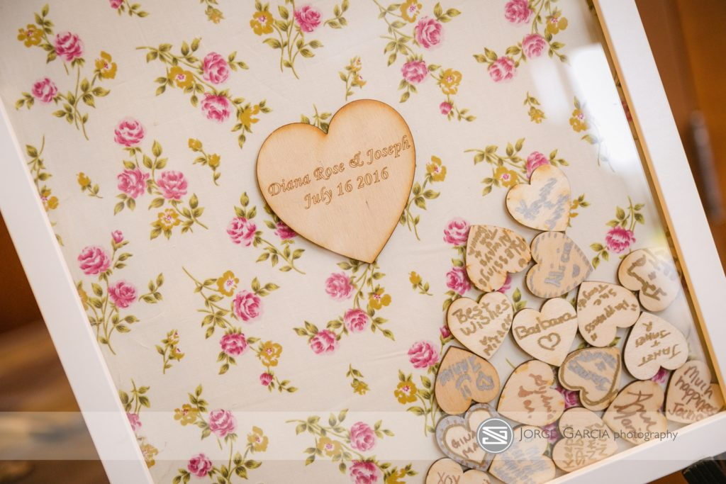 heart and frame guest books